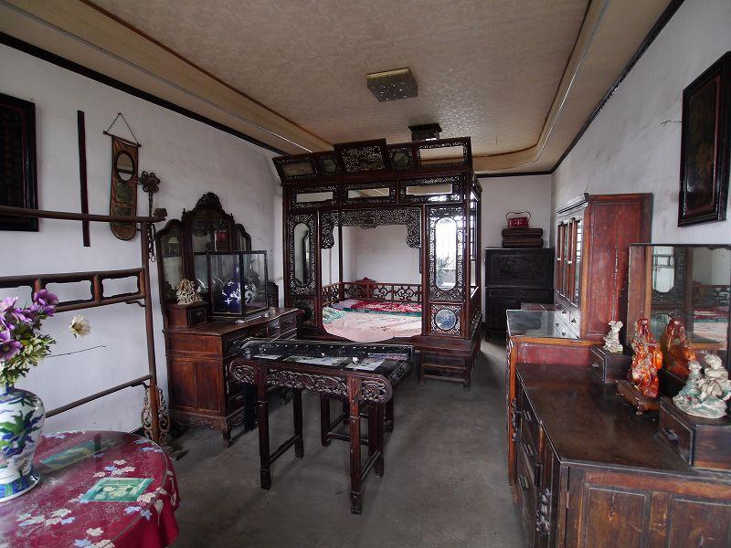 女性の部屋