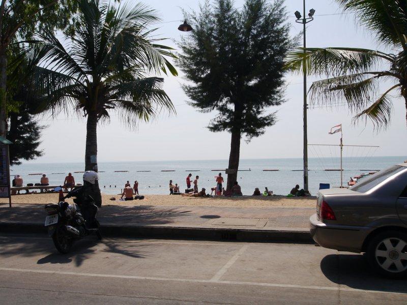 パタヤのビーチ2