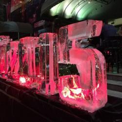 氷のオブジェ2015